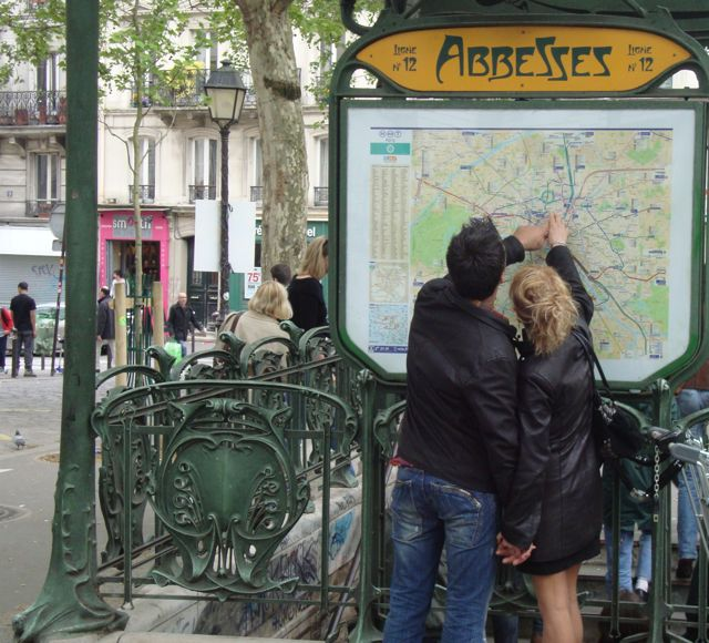 Couple in Love, Montmartre, Paris